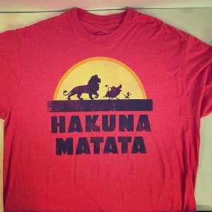 "Disney Lion King ""Hakuna Matata"" T-Shirt Red XL"